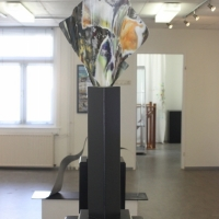 Elegant Aluminium on pedestal